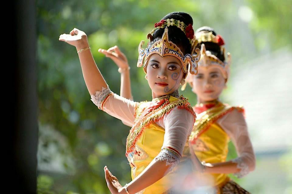 Jangkrik Genggong Traditional Ceremony