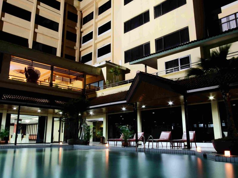 Regent's Park Hotel Malang