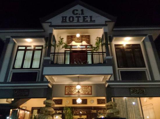 C1 Hotel Sumenep