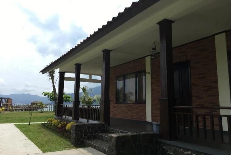 Pondok Prigi Cottage Watulimo
